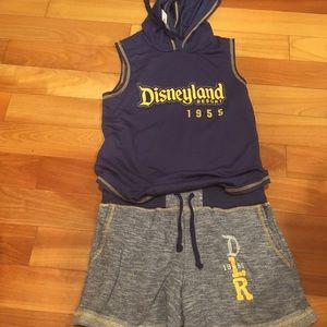 NWTS Disney shorts outfit navy blue size small